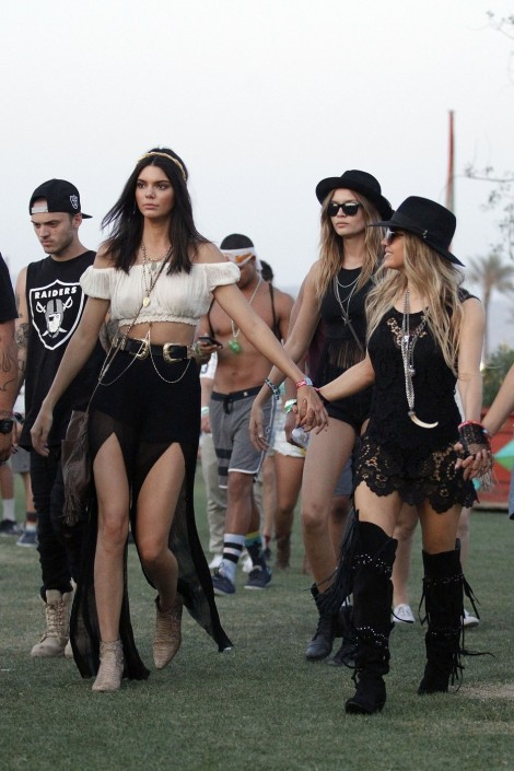 Fergies Coachella Giuseppe Zanotti Black Studded Fringed Suede Boots Kendall Jenners Saint Laurent Python Rock Ankle Boots