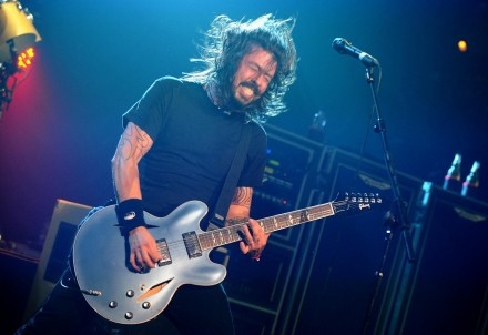 Foo Fighters Frontman Dave Gro Live