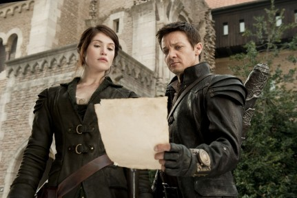 Hansel Gretel Witch Hunters Gemma Arterton Et Jeremy Renner Prince Of Persia