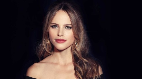 Halston Sage High Resolution Wallpapers Halston Sage