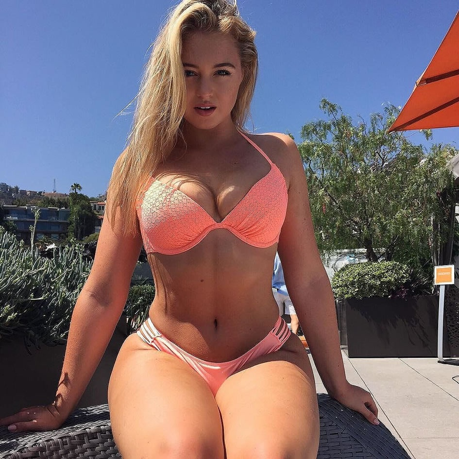 Iskra Lawrence Plus Plus Size Models