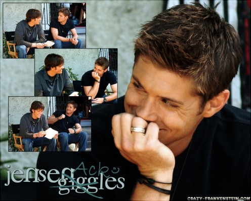 Giggle Jensen Ackles Male Celebrity Wallpapers Jensen Ackles