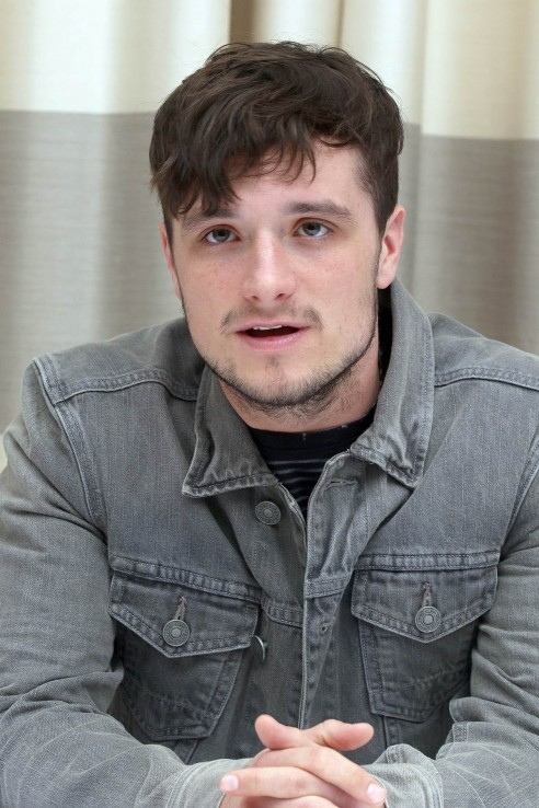 Josh Hutcherson At The Hunger Games Mockingjay Part Press Conference Josh Hutcherson
