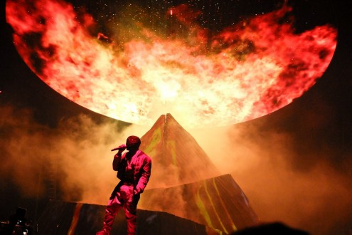 Kanye West Yeezus Tour At Madison Square Garden Nyc Wallpaper