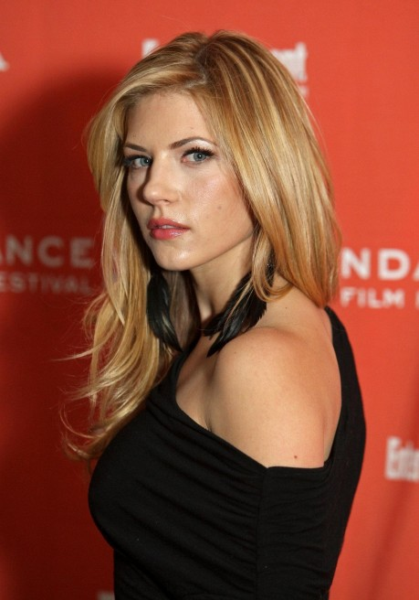 Katheryn Winnick Wallpaper Wallpaper