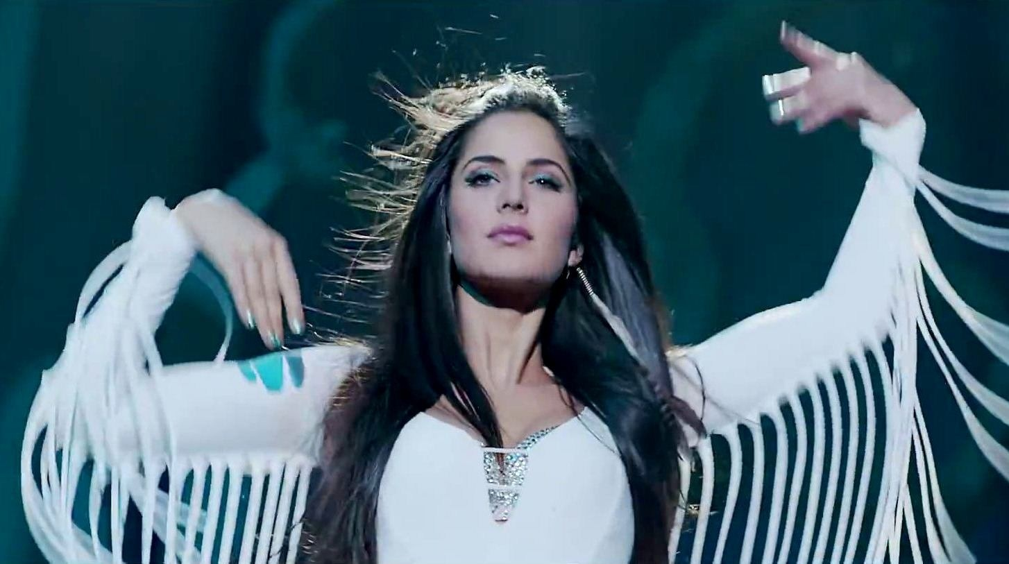 Katrina Kaif In Malang Song