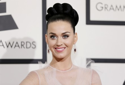 Katy Perry Looking Glam At The Th Annual Grammys