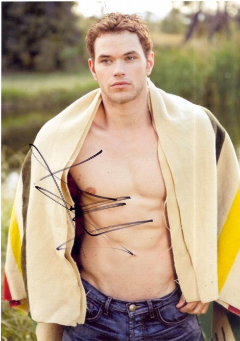 Productimage Picture Kellan Lutz Shirtless Signed Autograph Photo Hercules Kellan Lutz