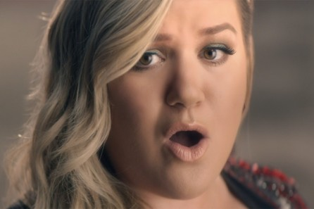 Kelly Clarkson Invincible Vid Music