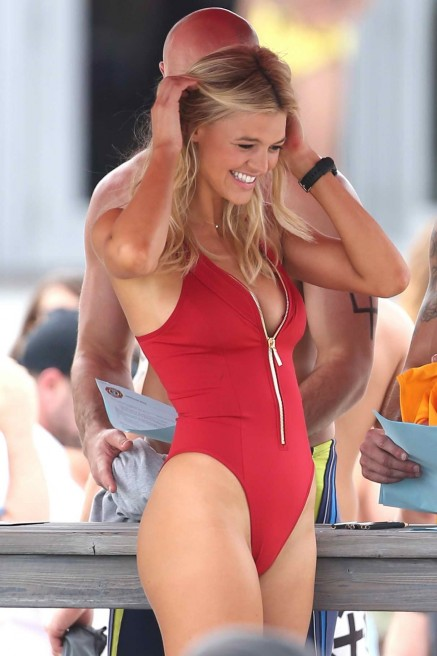 Kelly Rohrbach In Swimsuit On The Set Of Baywatch In Boca Raton Kelly Rohrbach