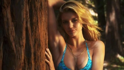 Kelly Rohrbach Sports Illustrated Swimsuit Intimates And Uncovered Kelly Rohrbach
