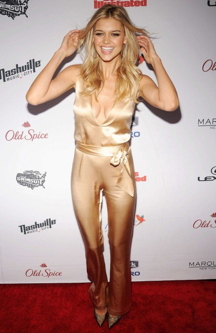 Kelly Rohrbach Sports Illustrated Swimsuit Issue Celebration In Nyc Sports Illustrated