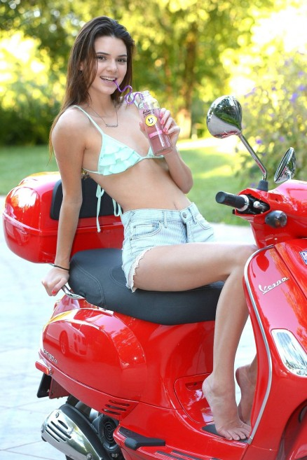 Kendall Jenner Kendall On Scooter Wallpaper