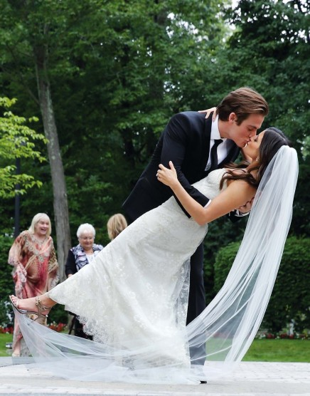 Kevin And Jaime Wedding Magazine Scans Kevin Zegers Wedding