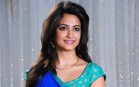 Kriti Kharbanda Hd Wallpapers For Pc Kriti Kharbanda