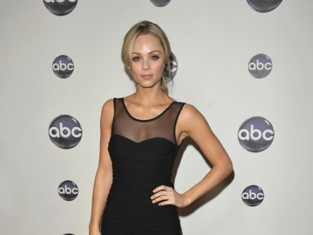 Laura Vandervoort Laura Vandervoort Wallpapers Wallpaper