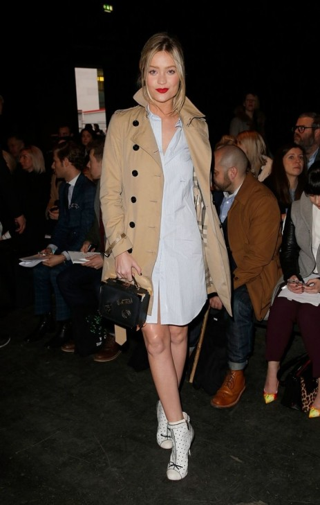 Laura Whitmore Watching Etautz Show At The London Collections Men