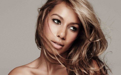 Leona Lewis Wallpapers Weight
