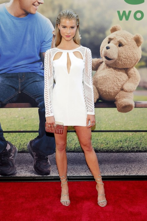 Lexi Atkins Attends The Ted Premiere In New York Jessica Barth