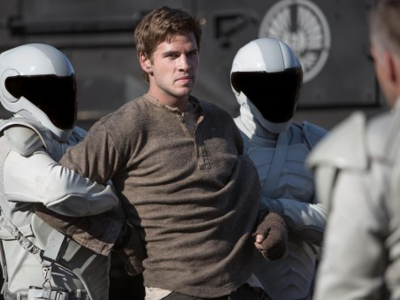 Liam Hemsworth As Gale Hunger Games Mockingjay Amazing Image Wallpapers Avxk Free Wallpaper