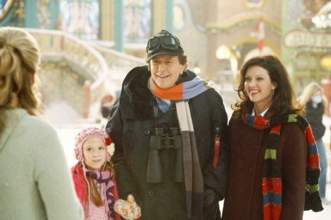 Still Of Judge Reinhold Wendy Crewson And Liliana Mumy In The Santa Clause The Escape Clause Large Picture Liliana Mumy