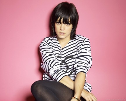 Lily Allen Photoshoot Wallpaper