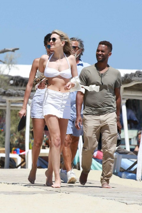 Lily Donaldson In Bikinit Top At Club In St Tropez Lily Donaldson