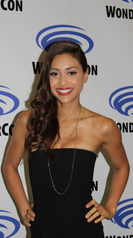 Lindsey Morgan Celebrity Mobile Wallpaper Wallpaper