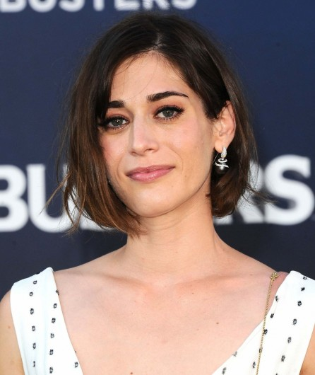 Lizzy Caplan Ghostbusters Premiere In Hollywood Lizzy Caplan