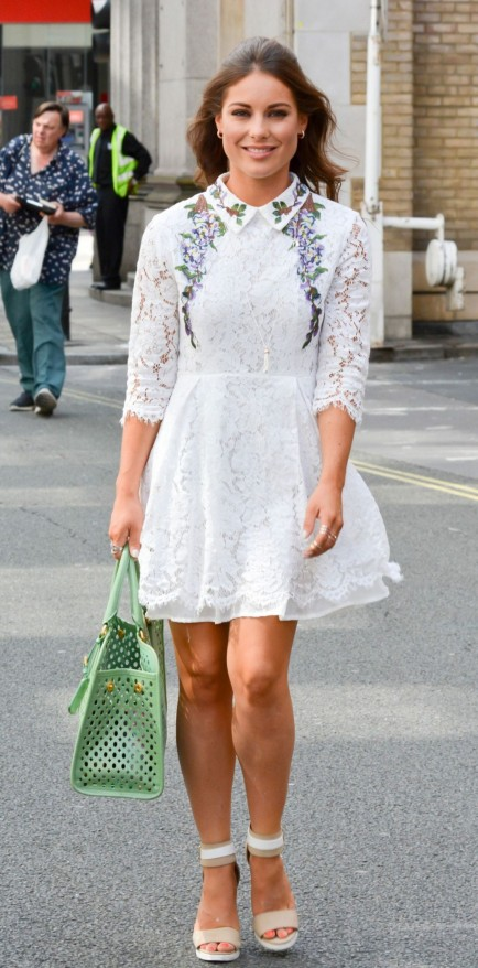Louise Thompson Leaves Sunday Brunch Tv Studios In London Louise Thompson
