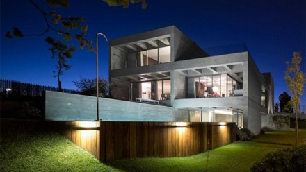 Home Apartments Luxury Concrete House Softened By The Walnut Notes Luxury Modern Home Modern