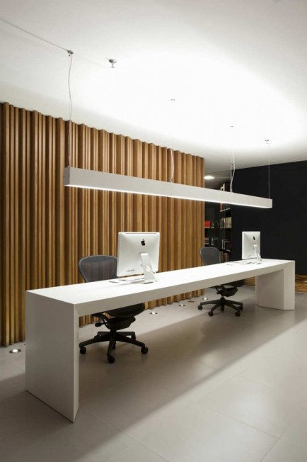 Luxury Modern Office Space Ideas With White Long Office Desk Also Black Office Chairs Modern Interior