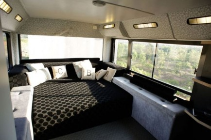 The Luxury Public Bus Unusual Sites Converted Into Luxury Homes Image Source Dellacookscom