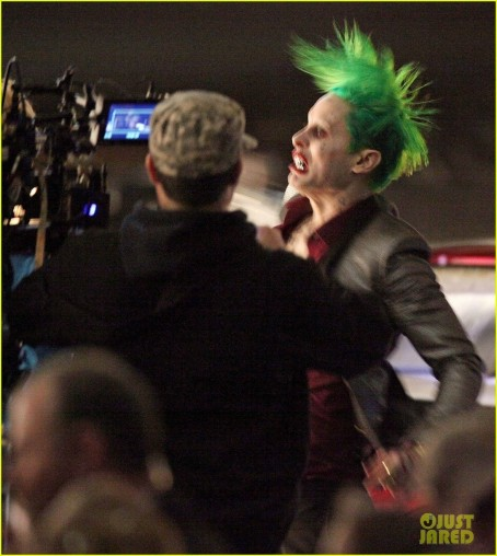 Jared Leto Fights Kisses Margot Robbie In Suicide Squad