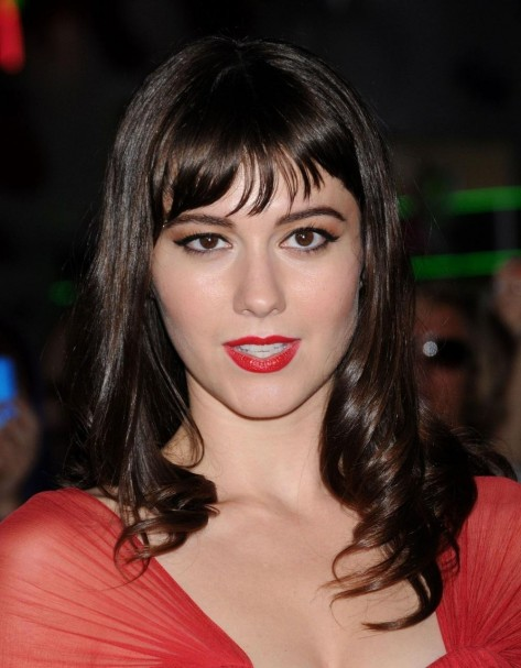 Mary Elizabeth Winstead At The Thing Premiere Bd Fc Large
