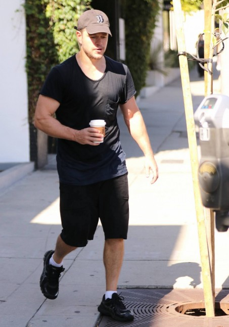 Matt Damon Leaving The Gym With Family Matt Damon
