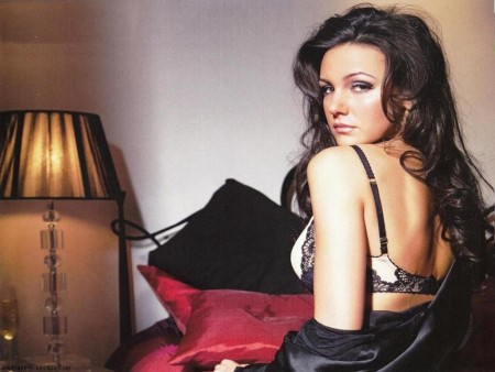 Michelle Keegan Cute Wallpaper Michelle Keegan