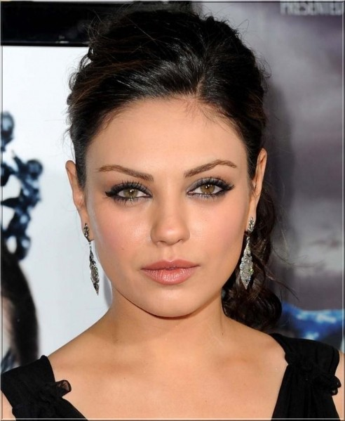 Mila Kunis Hd Picture