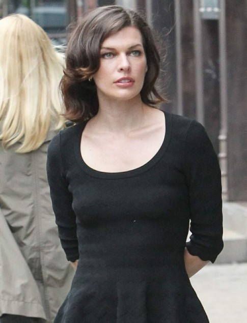Milla Jovovich Hot On The Sets Of An Ad Shoot For Avon In Nyc Th May Milla Jovovich