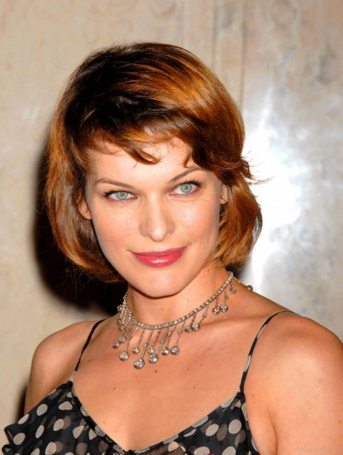Milla Jovovich Wearing Neckless