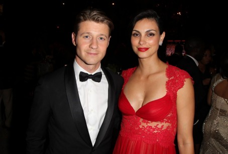 Deadpool Actress Morena Baccarin And Gotham Ben Mckenzie Just Welcomed Baby Girl Morena Baccarin