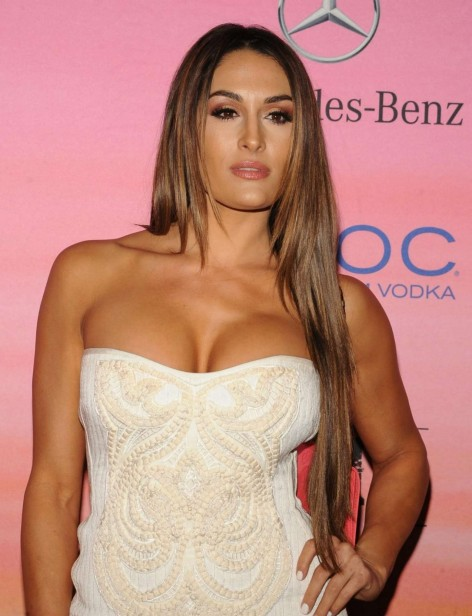 Nikki Bella Brie Bella Nikki Bella And Summer Rae Espn The Party Nikki Bella