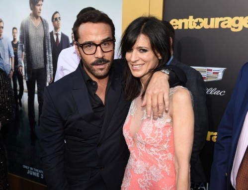 Jeremy Piven And Perrey Reeves At Event Of Entourage Perrey Reeves