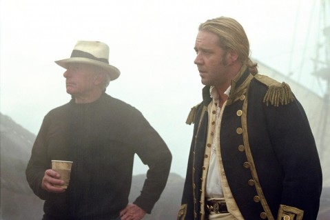 Still Of Russell Crowe And Peter Weir In Master And Commander The Far Side Of The World Large Picture Peter Weir