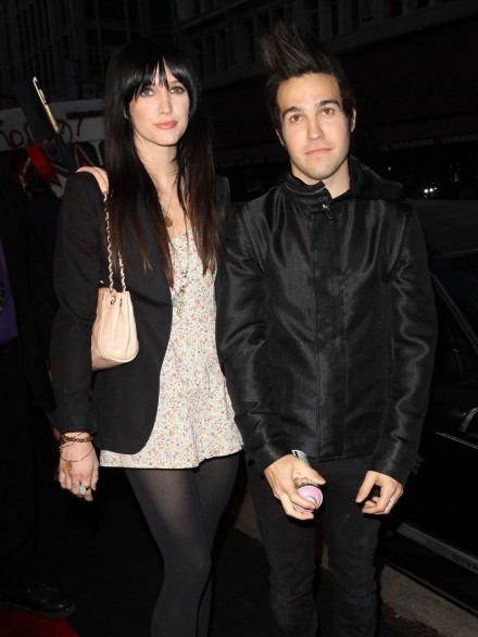 As Ee Simpson And Pete Wentz Arrive At An Event Pete Wentz