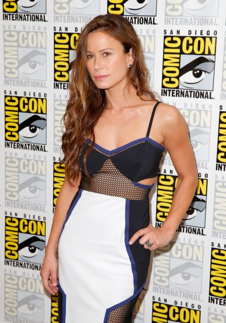Rhona Mitra Attends Tnts The Last Ship Press Room Rhona Mitra