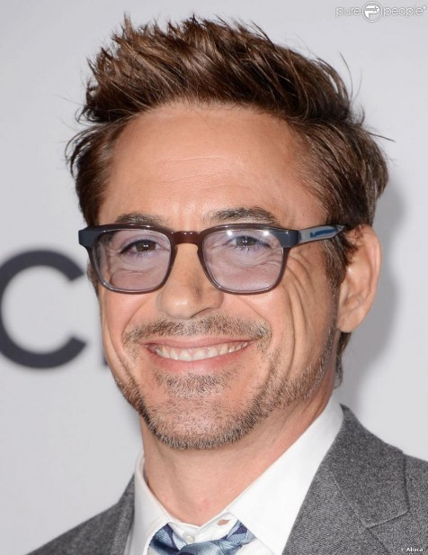 Robert Downey Jr In The Press Room Fashion
