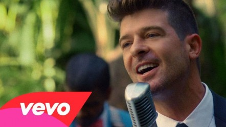 Robin Thicke Gets Sensual With Robin Thicke