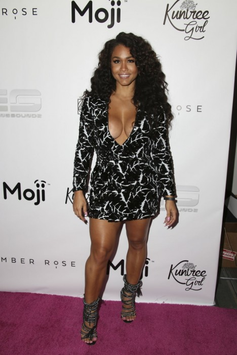 Rosa Acosta Muva Moji Launch At Dave Busters In Hollywood Geebin Flores Rosa Acosta