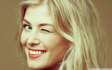 Rosamund Pike Wallpaper Rosamund Pike